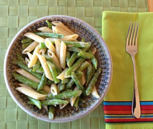 Sesame asparagus pasta